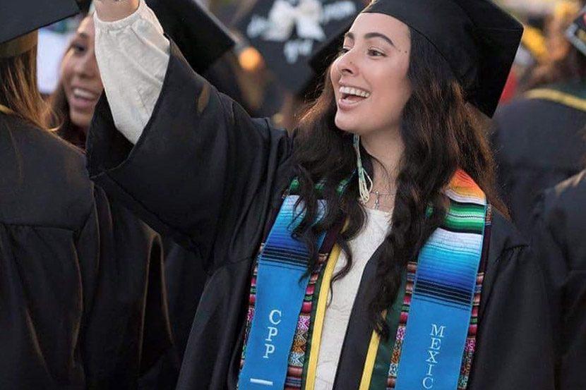 Wearing Sarape Sashes For Your Graduation Ceremony Sarape